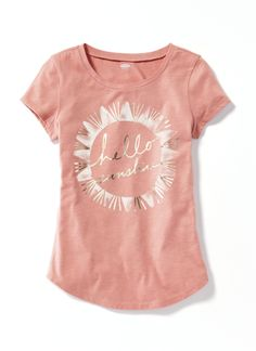 Shop fun graphic tees for your girl at Old Navy. From various styles and designs, Old Navy is the only place you need to upgrade her wardrobe. My Unique Style, Style Me, Kids Outfits, Cute Outfits, Love Fashion, Fashion Outfits, Im So Fancy, Cool Graphic Tees, Hello Sunshine