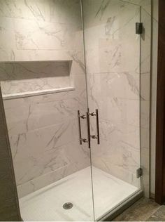 If you're midway with a shower room remodel, you maybe searching the Internet for shower bases. When it pertains to shower bases, there are various kinds– each with their very own special advantages… White Bathroom Tiles, Bathroom Tile Designs, Master Bathroom, Bathroom Ideas, Bathroom Organization, Bathroom Showers, Bathroom Wall, Bathroom Inspiration, Bathroom Interior