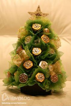 Елка из конфет № 13 :) Маленький кусочек новогоднего чуда...