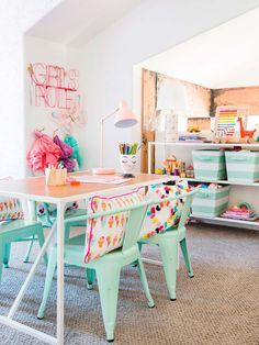 20 Fantastic Kids Playroom Design Ideas – Modern Home Playroom Design, Playroom Decor, Kids Decor, Home Decor, Playroom Ideas, Playroom Organization, Playroom Table, Childminders Playroom, Children Playroom