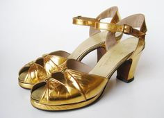 Vintage 40s Gold Leather Peep Toe Platform High by hillbillyfilly, $115.00/i have shoes just like those