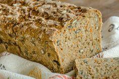 Celozrnný chléb se semínky a mrkví - Spicy Crumbs Chutney, Banana Bread, Spicy, Food, Essen, Meals, Chutneys, Yemek, Eten