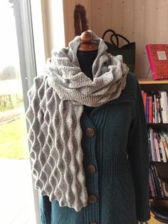 Yarn Projects, Knitting For Beginners, Keep Warm, Knitting Patterns, Knit Crochet, Sewing, Special Interest, How To Make, Blog