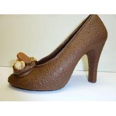 chaussure en chocolat - Recherche Google Peep Toe, Chocolate, Heels, Sweet, Recherche Google, Yum Yum, Passion, Weddings, Chocolate Sculptures