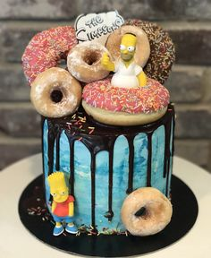 A Detox Fasting Paradise - Pristine Non-public Island - Coconut, The Tree Of Life And Organic And Natural Raw Food Items Simpsons Donuts Cake Simpsons Donut, Bolo Simpsons, Simpsons Party, Homer Simpson, Sweet Cakes, Cute Cakes, Starfish Cake, Donuts, 10 Birthday Cake