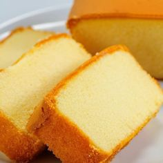 An easy Moist Yellow Cake recipe. This is my favorite recipe in the book. I use this cake more than of the time. It's always delicious. The Soft as Silk brand of cake flour gives best results. Sponge Cake Recipes, Pound Cake Recipes, Easy Cake Recipes, Dessert Recipes, Yellow Sponge Cake Recipe, Yellow Cake Recipes, Yellow Cake Recipe Easy, Easy Sponge Cake Recipe, Moist Yellow Cakes