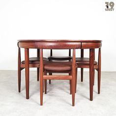 New on www.19west.de: a Roundette dining suite designed in the 1960's by Hans Olsen for Frem Røjle. #19west #vintage #design #designclassic #mcm #20thcentury #midcentury #1950's #1960's #danishdesign #teak