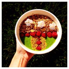 """Shannon O'Hara  &  on Instagram: """"I was tagged by @fitnessjourney0919 for #whatsonmyplate. I made my first #GreenSmoothie Bowl this morning, consisting of spinach, almond milk, lemon, kiwi, pear and ice! Topped with homemade granola, raspberries and a sprinkling of bee pollen . Tagged girls: what's on your plate? Xx #chezshanay"""""""