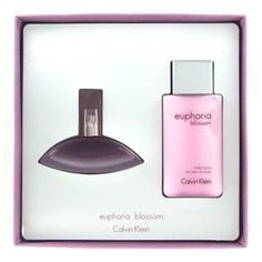 Calvin Klein Euphoria Blossom Giftset A sparkling citrus fragrance for modern women Fresh sexy  sensual Top notes of kumquat a dewy green accord  pomegranate Heart notes of orchid blossom lotus blossom  pink peony petals Base notes of  http://www.comparestoreprices.co.uk/gifts-for-her/calvin-klein-euphoria-blossom-giftset.asp
