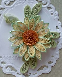 *QUILLING ~ regina-ribeira.blogspot.com www.writtencards.com Handmade Greeting Card Marketplace - Signed and Sealed mailed direct to Recipients. Ideal for Weekend Crafters.