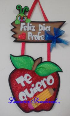 decoracion Dia del Maestro Classroom Charts, Classroom Decor, Teacher Thank You Cards, Teacher Gifts, Soy Luna Logo, Foam Crafts, Diy And Crafts, School Projects, Projects To Try
