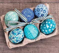 Use craft supplies to decorate these washi tape Easter eggs. This is a fun craft for kids to do this Easter. Keep your empty egg boxes to display them. Craft Shop, Craft Stores, Easter Table, Easter Eggs, Washi Tape Crafts, Fun Crafts For Kids, Egg Decorating, Easter Crafts, Craft Supplies