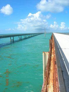 old and new  seven mile bridge marathon florida heading back to key west