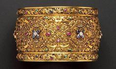 Renaissance Revival Gold Armlet #Victorian #Bracelet