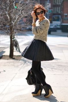 How To Wear A Leather Skirt: 23 Great Looks To Get Inspired