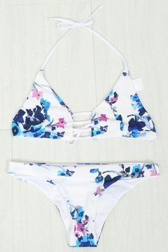 Halter Nack Flower Bikini Set WHITE: Swimwear | ZAFUL