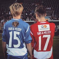Soccer + Bars and Melody = Life Matilda Devries, Let You Go, Baby Bar, Bars And Melody, Good Comebacks, Singing Tips, Celebs, Celebrities, Music Bands