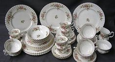 Royal Albert 'Moss Rose' dinner & tea service