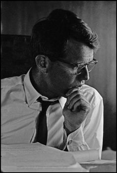Cornell Capa © International Center of Photography USA. Robert Francis KENNEDY, The Beginning of a Memorable Campaign. 1964.
