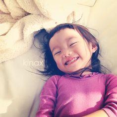 *  I love her smiling face  *  ちびっこは最近何故か  「まいごになるから、だめだよぉぅー!」っていうよw  *  そんな言い方してるかなぁ、わたし(´Д` )w  *  #親バカ部 #children #kids #ぱっつん - @kinax- #webstagram