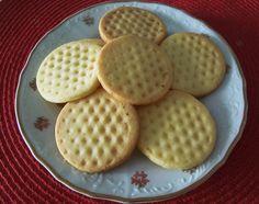 ten je v receptu opomenutý My Favorite Food, Favorite Recipes, Cake Recipes, Dessert Recipes, High Sugar, Croatian Recipes, Crinkles, Christmas Cookies, Waffles