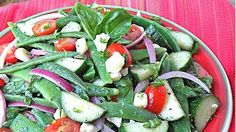 Italian Green Bean Salad - Italian Green Bean Salad is a great way to enjoy fresh green beans from your garden or serve as a healthy side dish at any cookout or BBQ! Bean Recipes, Salad Recipes, Italian Green Beans, Sainsburys Recipes, Real Food Recipes, Healthy Recipes, Sugar Detox Diet, Italian Salad, Italian Dressing