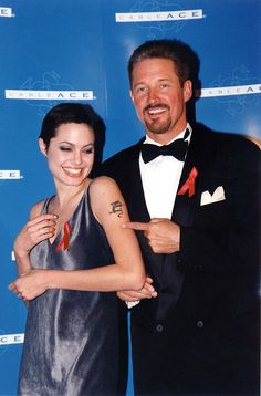 1997 Cable ACE Awards - September 6th 1997 - 001 - Angelina Jolie Fan Photo Gallery | Angelina Jolie Fansite Gallery
