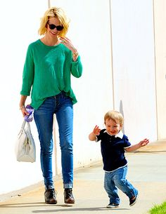 Born to Dance! Mad Men actress January Jones couldnt help laughing when her 18-month-old son, Xander, broke into a sweet, goofy dance as they walked in L.A. on April 7.