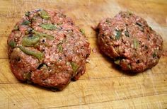 Hatch chile burgers feature chopped Hatch Chile and tequila lime seasoning. This spicy southwestern burger recipe makes one of the best burgers ever! Green Chile Burger Recipe, Hatch Green Chili Recipe, Green Chili Recipes, Hatch Chili, Mexican Food Recipes, Beef Recipes, Whole Food Recipes, Cooking Recipes, Hatch Recipe