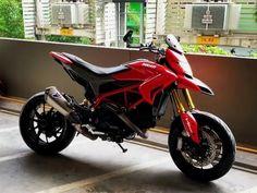 Ducati Motorbike, Ducati Cafe Racer, Enduro Motorcycle, Motorcycle Design, Custom Motorcycles, Custom Bikes, Hd 883 Iron, Ninja Bike, Kawasaki Bikes