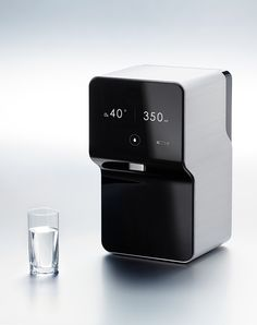 SMART by Kim Seungwoo ____________________________ Water purifier with quick, easy UI #productdesign #minimaldesign