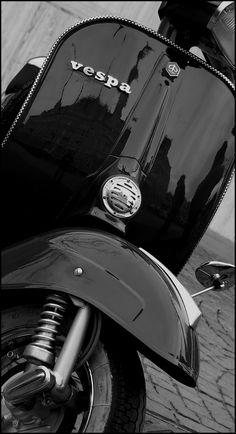 Lambretta Scooter, Vespa Scooters, Triumph Motorcycles, Vespa Vintage, Vintage Italy, Vespa 50 Special, Ducati, Chopper, Motocross