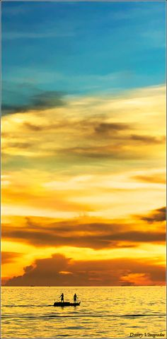 Sunset over the Pacific - ©Dmitry Vinogradov (via 500px)