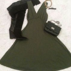Empire waist dress *V-neck in front as well as back *Soft comfortable fabric *Very flattering a-line skirt Dresses Midi
