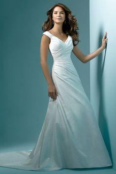 wedding dress for apple shape - Google Search