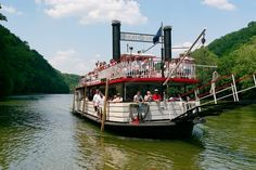 Kentucky – Dixie Belle Riverboat.  My kids thought it would be boring, but it wasn't.  Very interesting narration and opportunities to spot wildlife.  From Travel50StateswithKids.com.  #familytravel