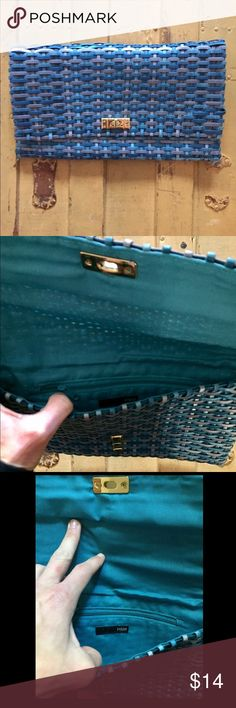 NWOT HM H&M BRAND woven Blue slim clutch bag gold NWOT AUTH HM H&M BRAND woven Blue slim clutch bag golf hardware front clasp OS $34 Has been in storage – price reflects Open to all reasonable offers-COMBINED SHIPPING DISCOUNT FOR MULTIPLE ITEMS. All items come from a CLEAN, SMOKE-FREE home H&M Bags Clutches & Wristlets
