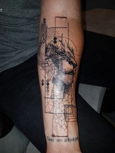 Aa Tattoos, Life Tattoos, Body Art Tattoos, Sleeve Tattoos, Tattoos For Guys, Family Tattoo Designs, Lion Tattoo Design, Family Tattoos, Watercolor Lion Tattoo