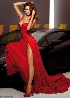 Irina Shayk and her most beautiful dresses!
