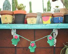 Patron Gratis Cactus a Crochet Mini Cactus, Crochet Baby, Knit Crochet, Crochet Garland, Tapestry Crochet, Garlands, Crocheting, Crochet Necklace, Crochet Patterns