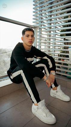 Sneakers Nike Jordan, Freestyle Rap, Foto Casual, Trap Music, Tumblr Boys, Cute Gay, My Boyfriend, Pretty Boys, Beautiful Men