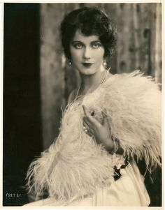 Fay Wray by shanghai Іily, via Flickr