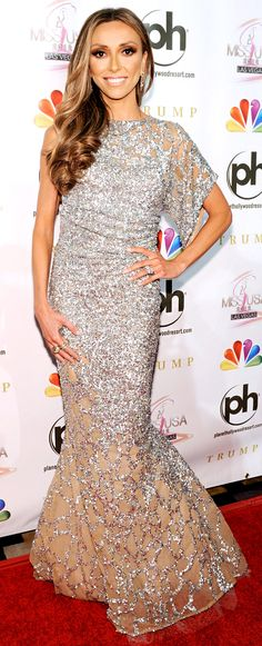 Giuliana Rancic: I envy her so much because of everything she has gone through!! Loving this dress <3