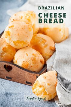 Bread Recipes, Snack Recipes, Cooking Recipes, Appetizer Recipes, Appetizers, Brazillian Cheese Puffs, Starch Foods, Brazilian Dishes, Puff Recipe