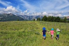 Camping in Waterton Lakes National Park: Ten Awesome Things to do with Kids in Waterton Lakes National Park O Canada, Canada Travel, Canada Trip, Waterton Lakes National Park, National Parks, Best Campgrounds, Western Canada, Canadian Rockies, Family Adventure