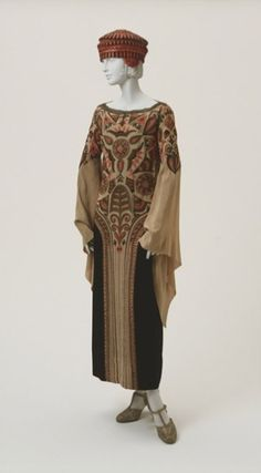 Afternoon dress and hat by Paul Poiret, 1923