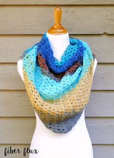The Autumn Skies Shawl is a gorgeous lacy shawl celebrating the amazing skies of the autumn season.  Swathes of bright blue, golden ...
