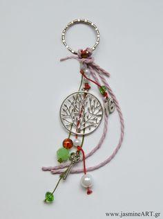 Γούρι Μπρελόκ Δέντρο Ζωής Christmas Crafts, Merry Christmas, Xmas, Lucky Charm, Charmed, Drop Earrings, Personalized Items, Ornaments, Inspiration