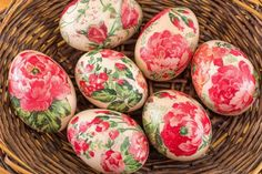 Easter Art, Easter Crafts, Easter Eggs, Diy Osterschmuck, Diy Crafts, Diy Ostern, Easter Colors, Diy Easter Decorations, Easter Recipes