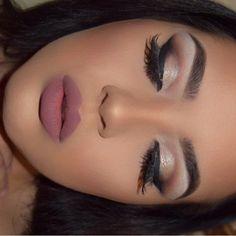 Stunning Makeup : Photo